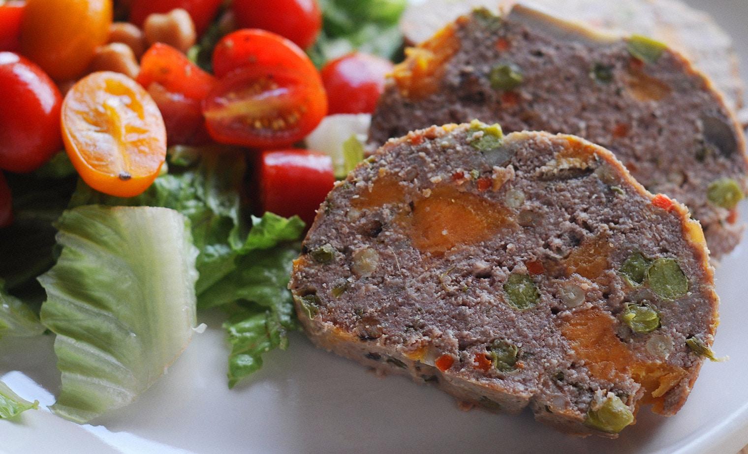 French meatloaf gateau de viande lizzy loves food for Viande cuisinee