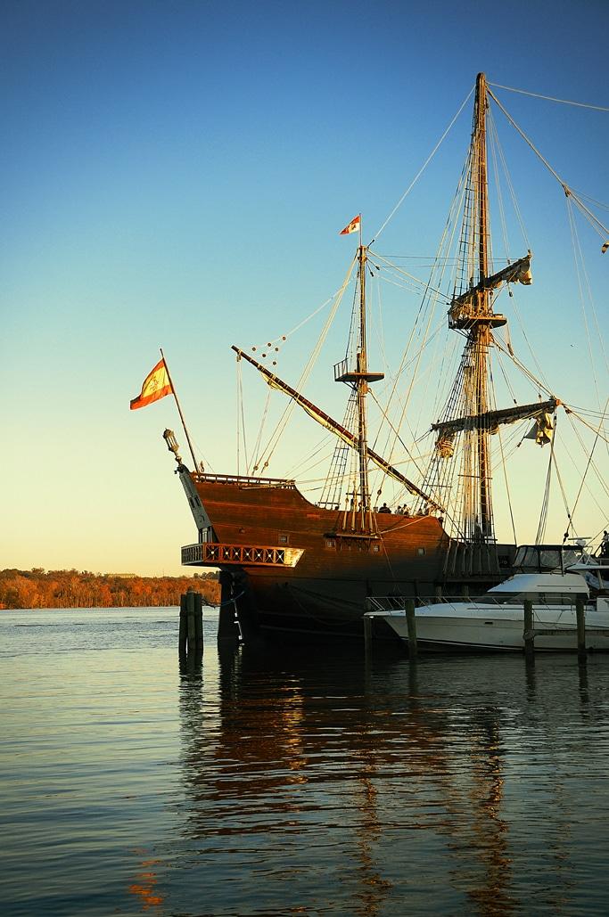 EL GALEÓN Sailed into Alexandria