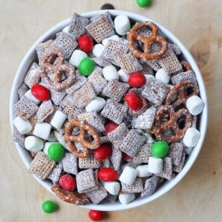 Christmas Muddy Buddies is so easy to make!