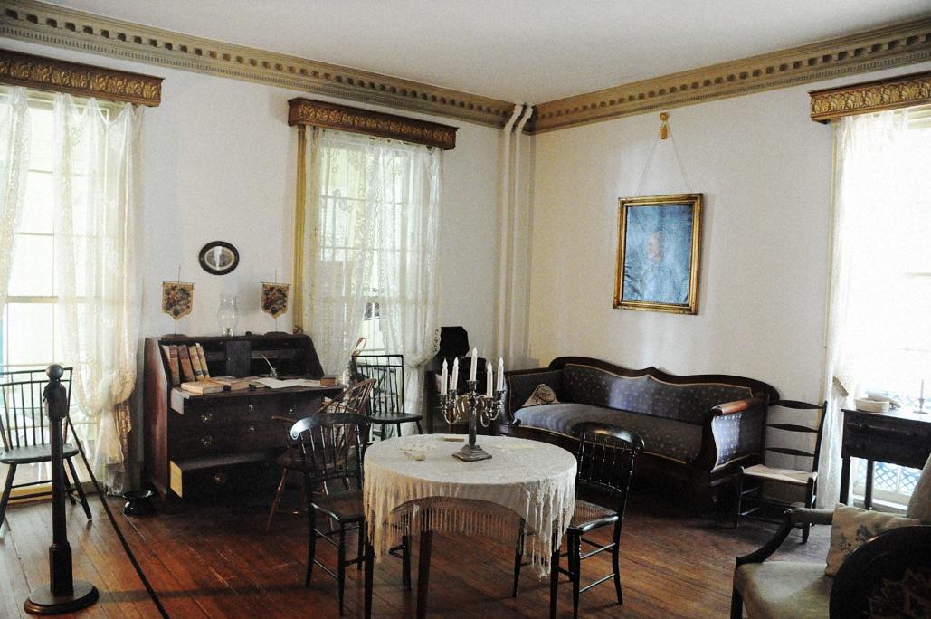 Robert E Lee Boyhood Home in Old Town Alexandria