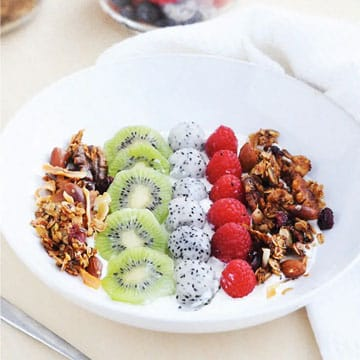 LOW-CARB COCONUT GRANOLA RECIPE